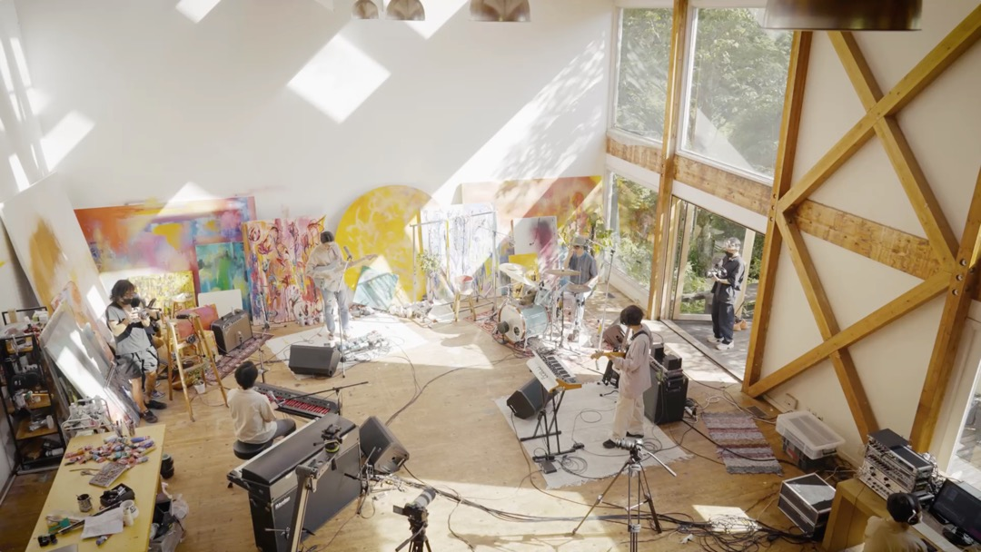 『yonawo 2nd full Album 「遙かいま」 Online Live Supported by Zoff』が開催!!